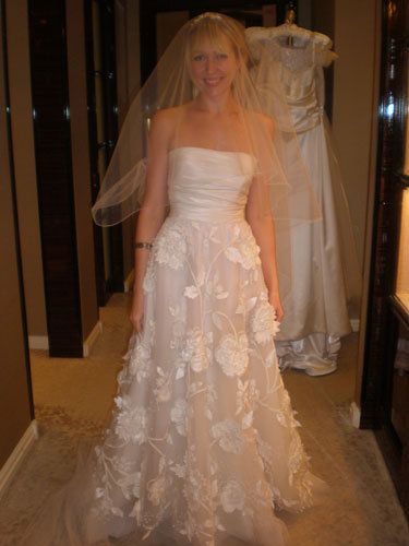 The hunt for my gown bridalguide for How much do oscar de la renta wedding dresses cost