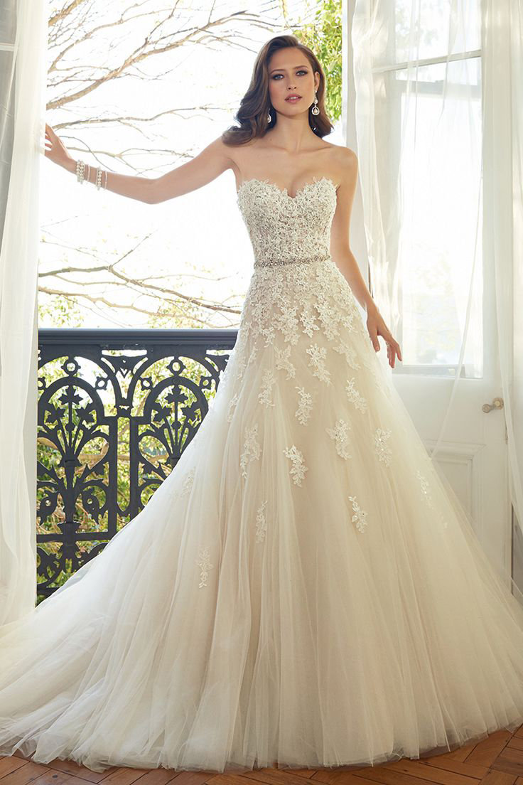 the 25 most popular wedding gowns of 2015 | bridalguide