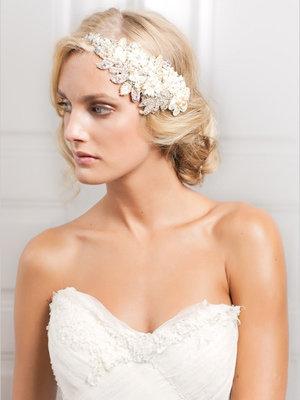 Choosing the Perfect Wedding Hairstyle | BridalGuide