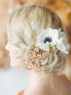 chignon with flower