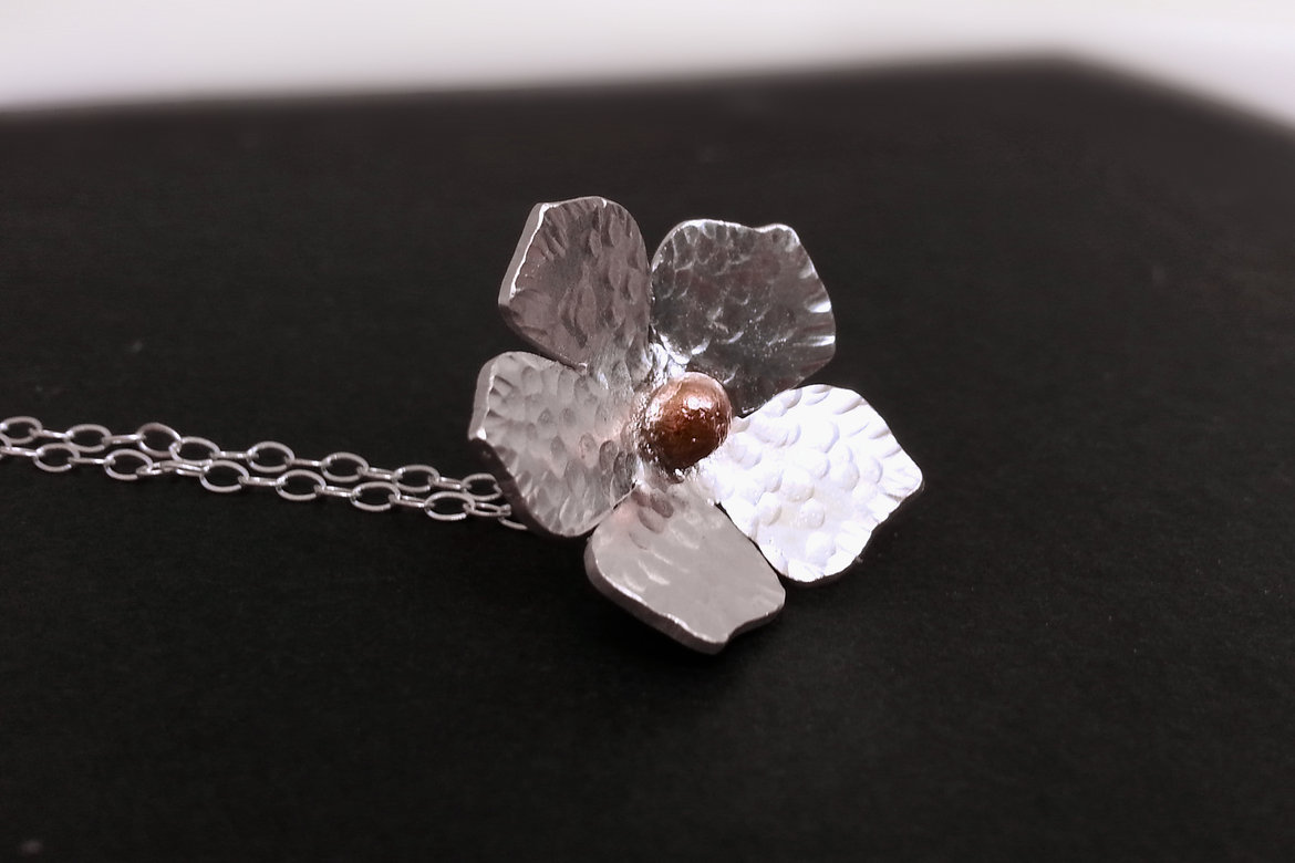 little hill jewelry flower necklace