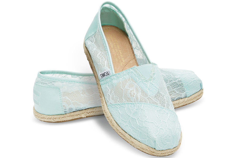 Free Shipping on many items across the worlds largest range of Tom's Flat (0 to 1/2 in.) Satin Shoes for Women. Find the perfect Christmas gift ideas with eBay.