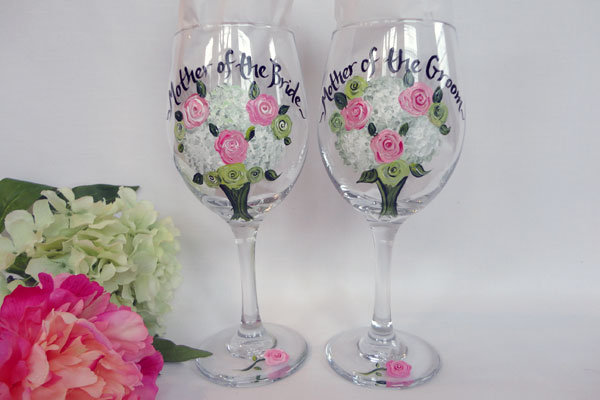 sam designs hand painted glasses for mom