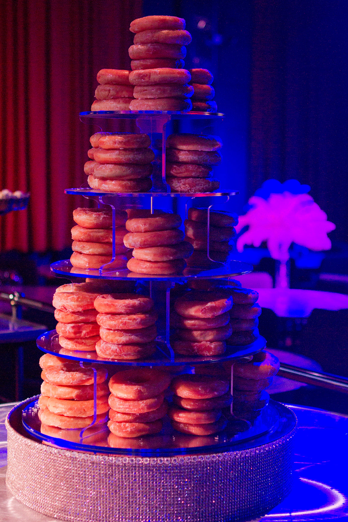 15 Ways To Serve Doughnuts At Your Wedding Bridalguide