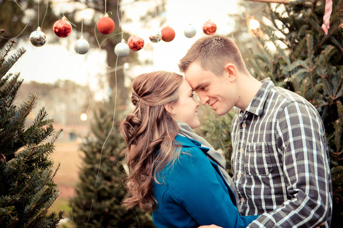 holiday engagement photo