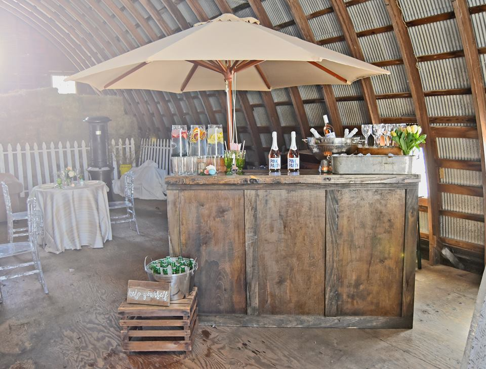 barn wedding bar