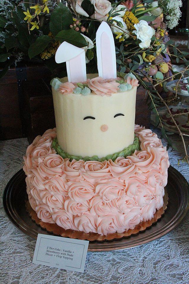 bunny wedding cake