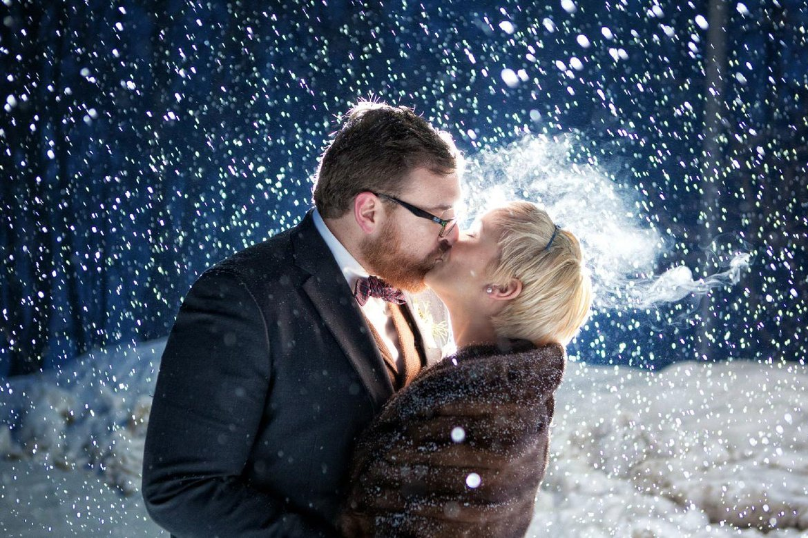 snowy winter wedding