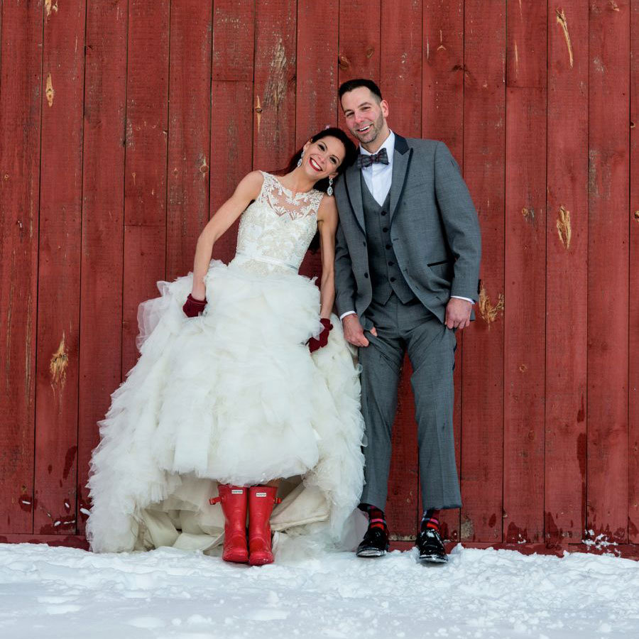 5 Things You Can Only Do At A Winter Wedding