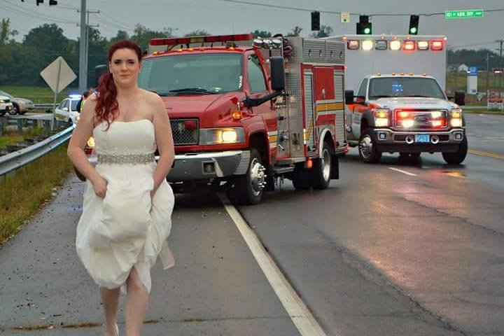 paramedic bride responds to car crash