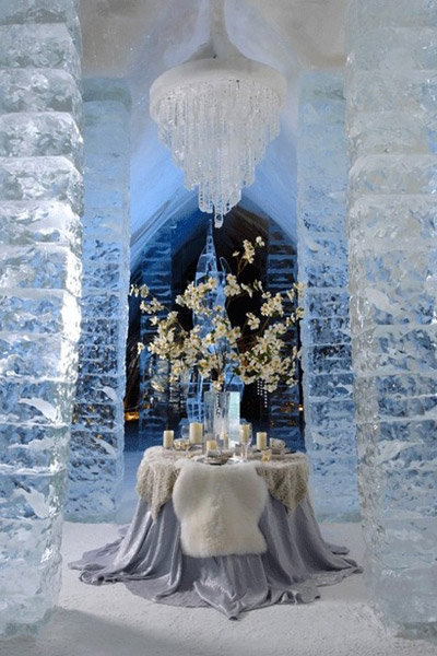 winter wedding table hotel glace