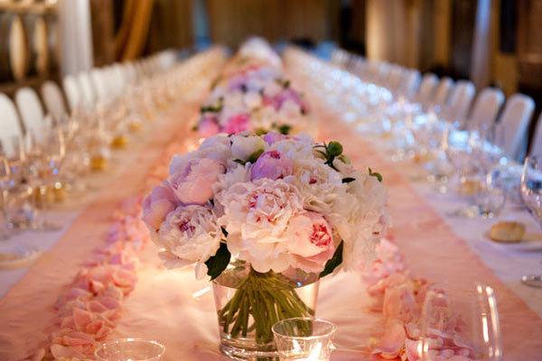 Five Gorgeous Wedding Centerpieces to Copy  BridalGuide