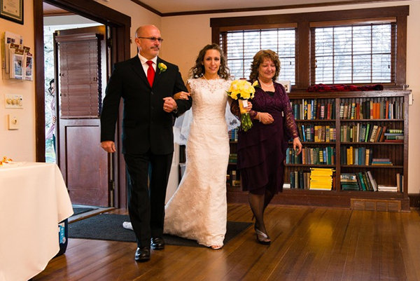 Planning A Wedding With Divorced Parents Read This Bridalguide