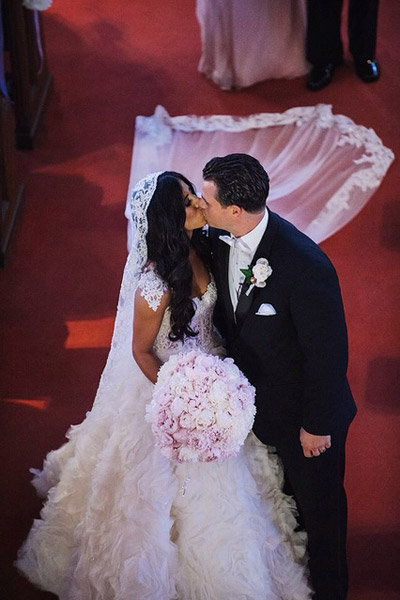 jenna guarneri and husband first kiss as husband and wife