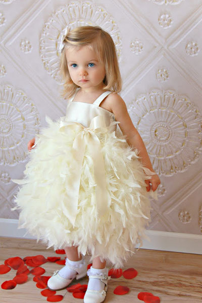 237d27c3ec1 Adorable Flower Girl Dresses and Accessories