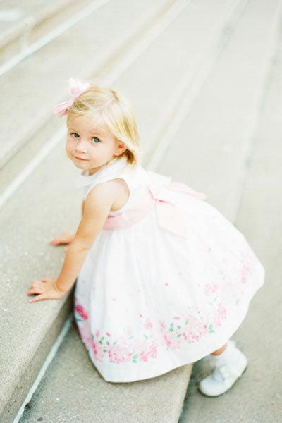 Flower girl dresses uk white