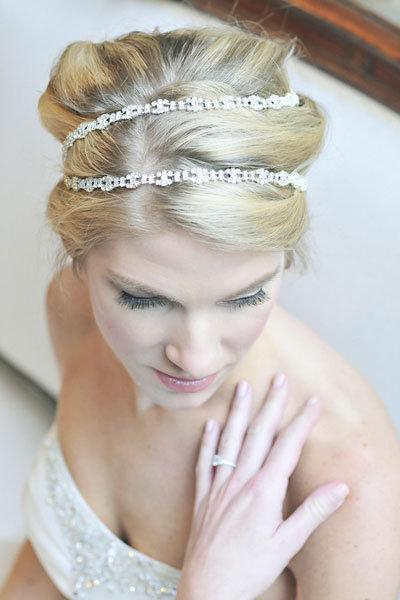 How To Choose A Wedding Hair Accessory | BridalGuide