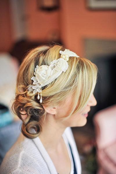 How to Choose a Wedding Hair Accessory | BridalGuide - photo #34