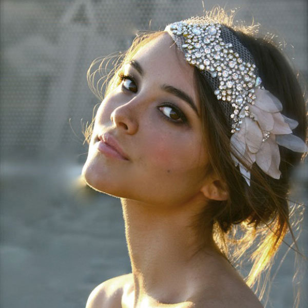 How to Choose a Wedding Hair Accessory BridalGuide