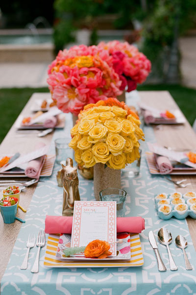 pink and yellow wedding centerpieces