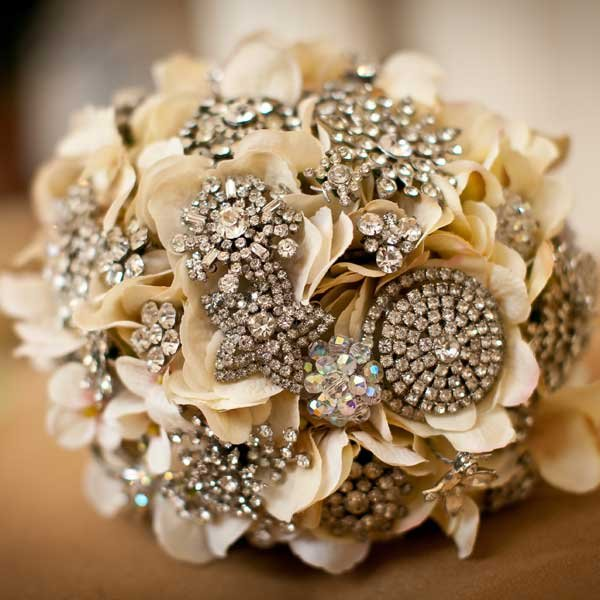 DIY Invitations Brooch Bouquet Image from Bridal Guide