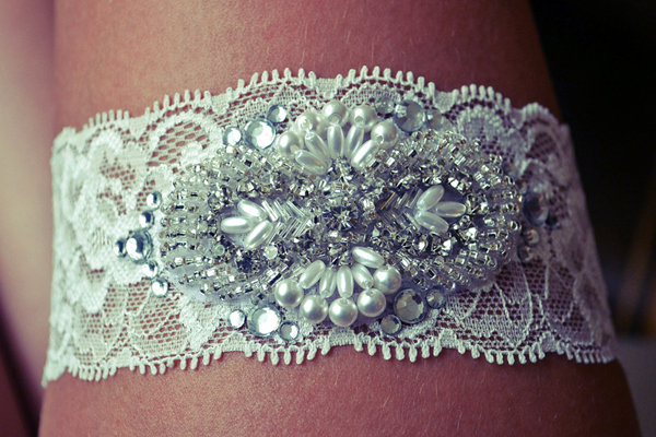 DIY We Love Wedding Garter