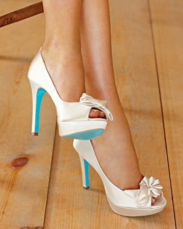 heel with blue sole