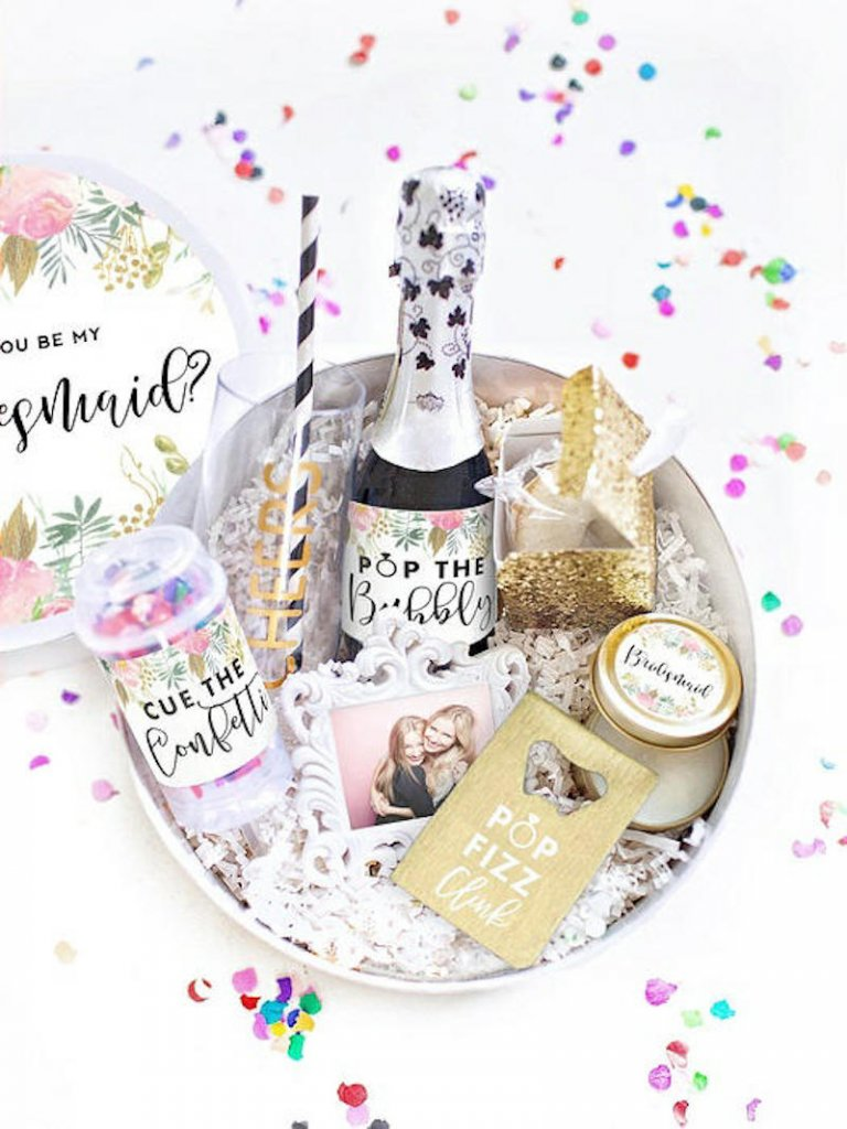 Dessy Bridesmaid Gift Box