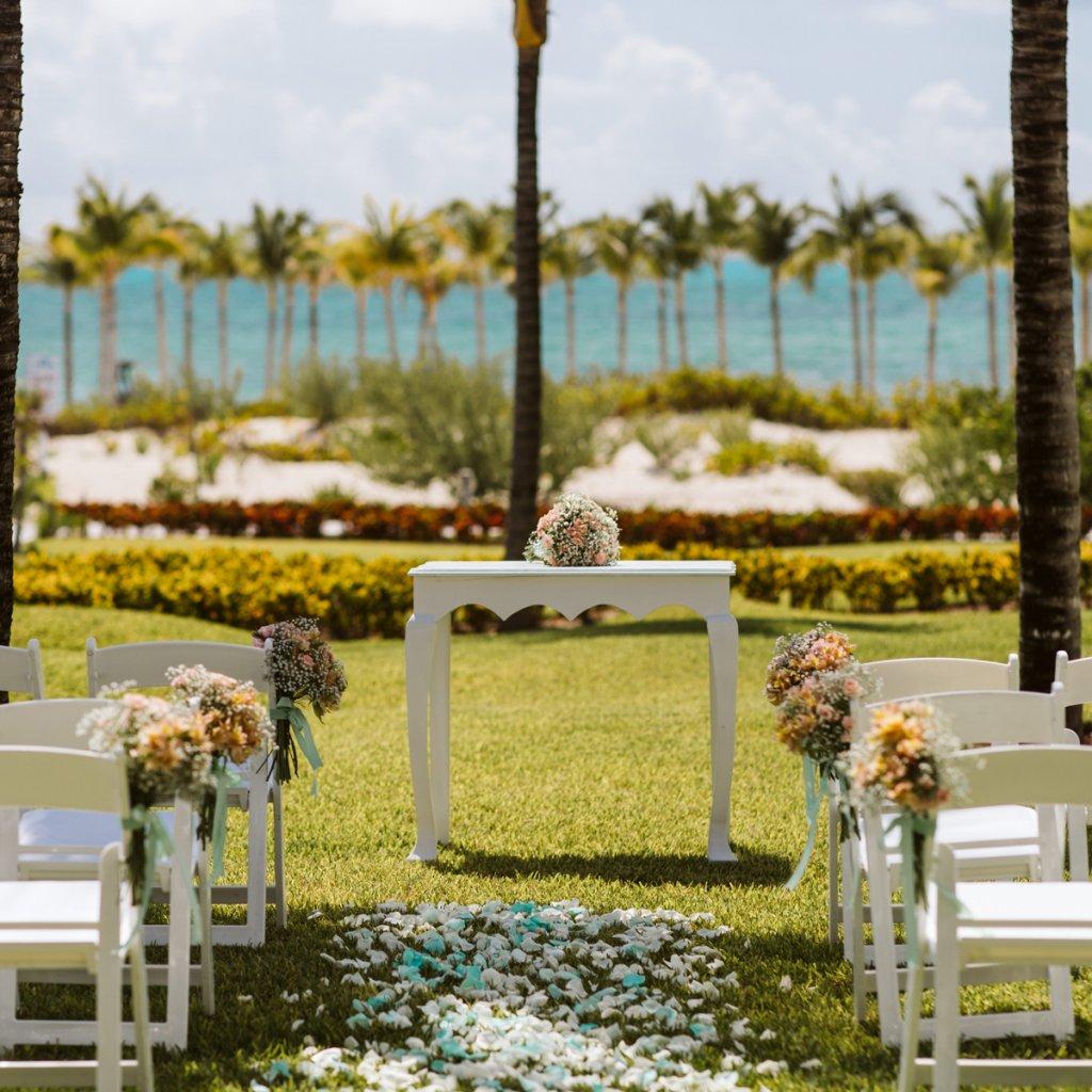 free riu wedding collection