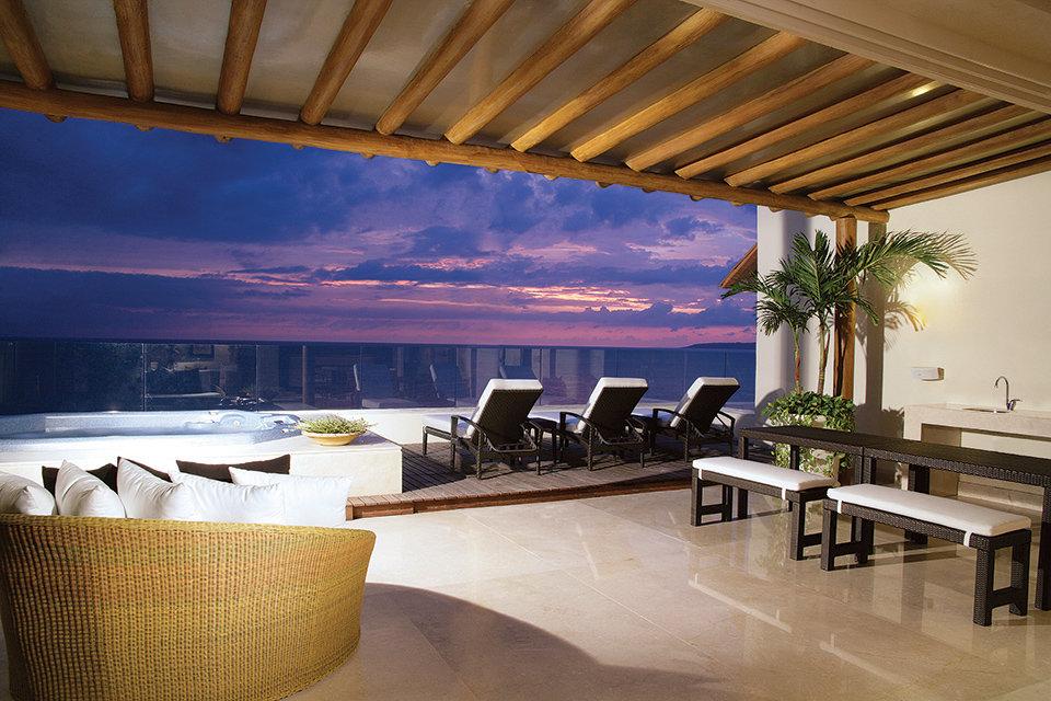 Alexa Vega & Carlos Pena Jr.: Riviera Nayarit