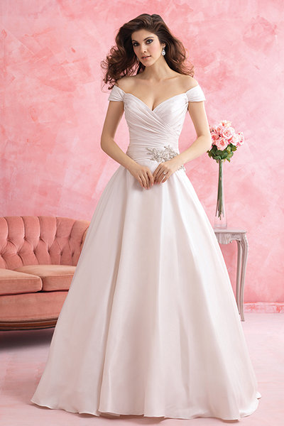 e82b1008f6a The Ultimate Wedding Gown Glossary
