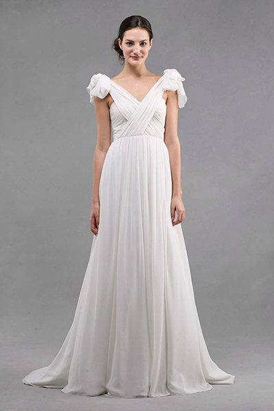 35+ Gorgeous Wedding Dresses Under $1,000 | BridalGuide
