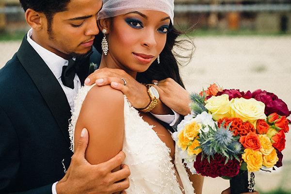 Maquiagem marcante para noiva pele negra