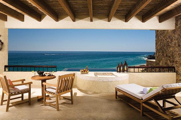 Behati Prinsloo & Adam Levine: Los Cabos