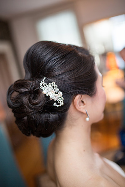 Wedding updos that are beautiful from every angle bridalguide sculpted twists junglespirit Images