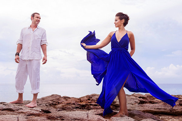 Gorgeous brides in non traditional wedding dresses bridalguide blue junglespirit