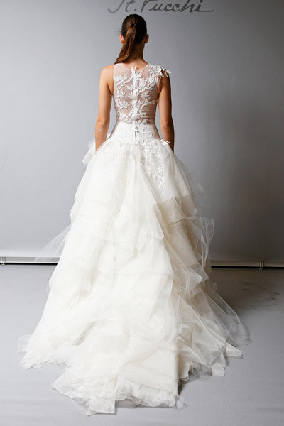 Sposa by St. Pucchi
