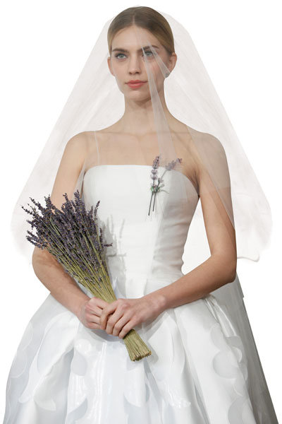Elbow-Length Veil