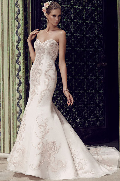30 Romantic Dresses with Rose Gold Accents | BridalGuide