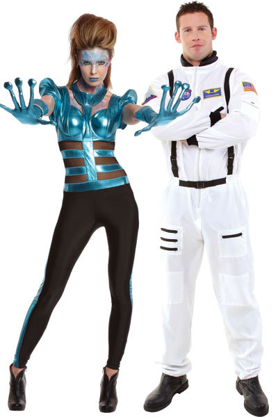 Alien and Astronaut  sc 1 st  Bridal Guide & 25 Best Couplesu0027 Costumes for Halloween | BridalGuide