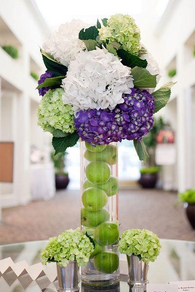 Elegant green and purple wedding 22