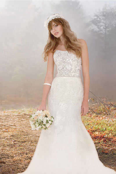 Enzoani Lace Gown