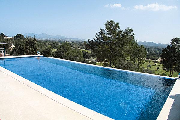 Curtis Stone & Lindsay Price: Mallorca