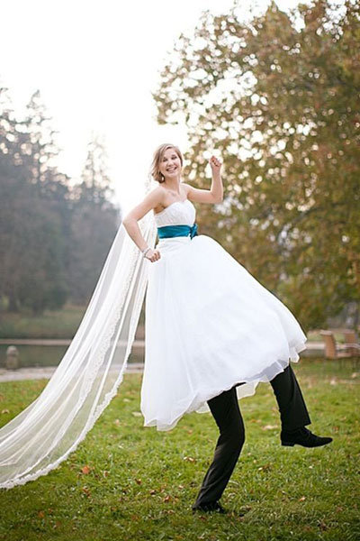 Fun wedding photoshoot ideas
