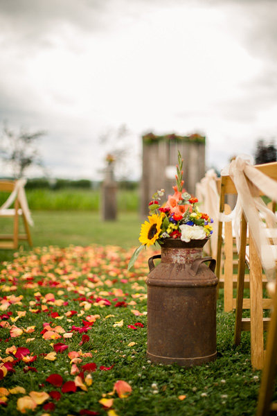 wedding ideas and themes 50 rustic wedding decorations bridalguide 27960