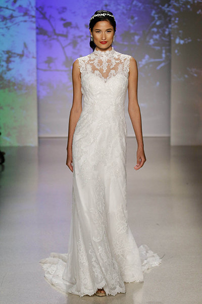 50 New Wedding Dresses With a Sweetheart Neckline | BridalGuide