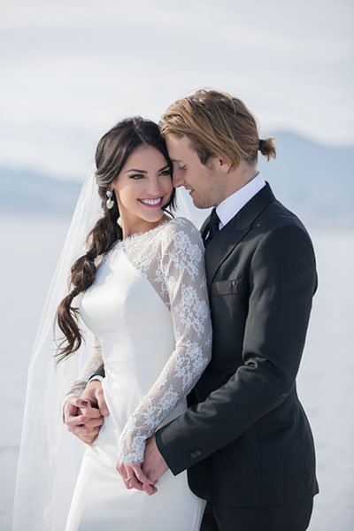Simple Chic Ponytail on wedding