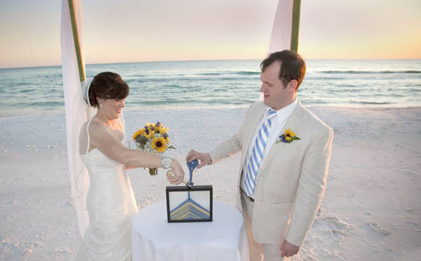 Your Beach Wedding Ceremony: 70+ Ideas For Beach Weddings