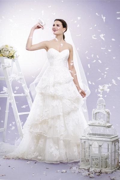 Dreamy Fairy-Tale Wedding Gowns   BridalGuide