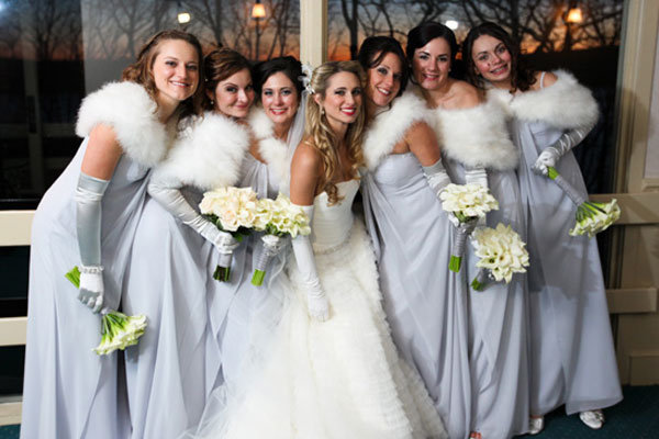 100 ideas for winter weddings bridalguide for Winter wedding colors for bridesmaids dresses